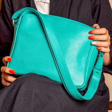 کیف دوشی زنانه پارینه چرم مدل V186